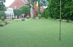 residential putting greens